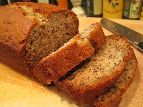 banana-bread-slices