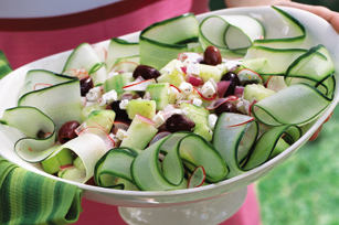 Easy_Crisp_Cucumber_Salad