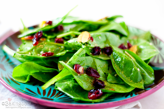 Cranberry-Spinach-Side-Salad